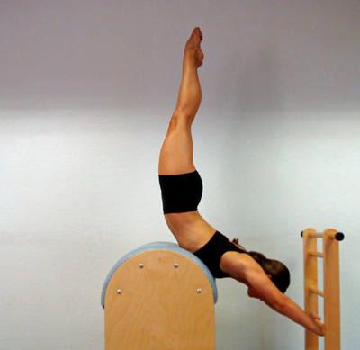 exercício ladder barrel pilates
