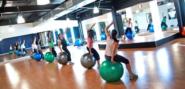 exercícios bola de pilates fitness