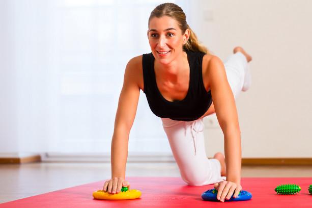 mulher-pilates-exercicio.jpg
