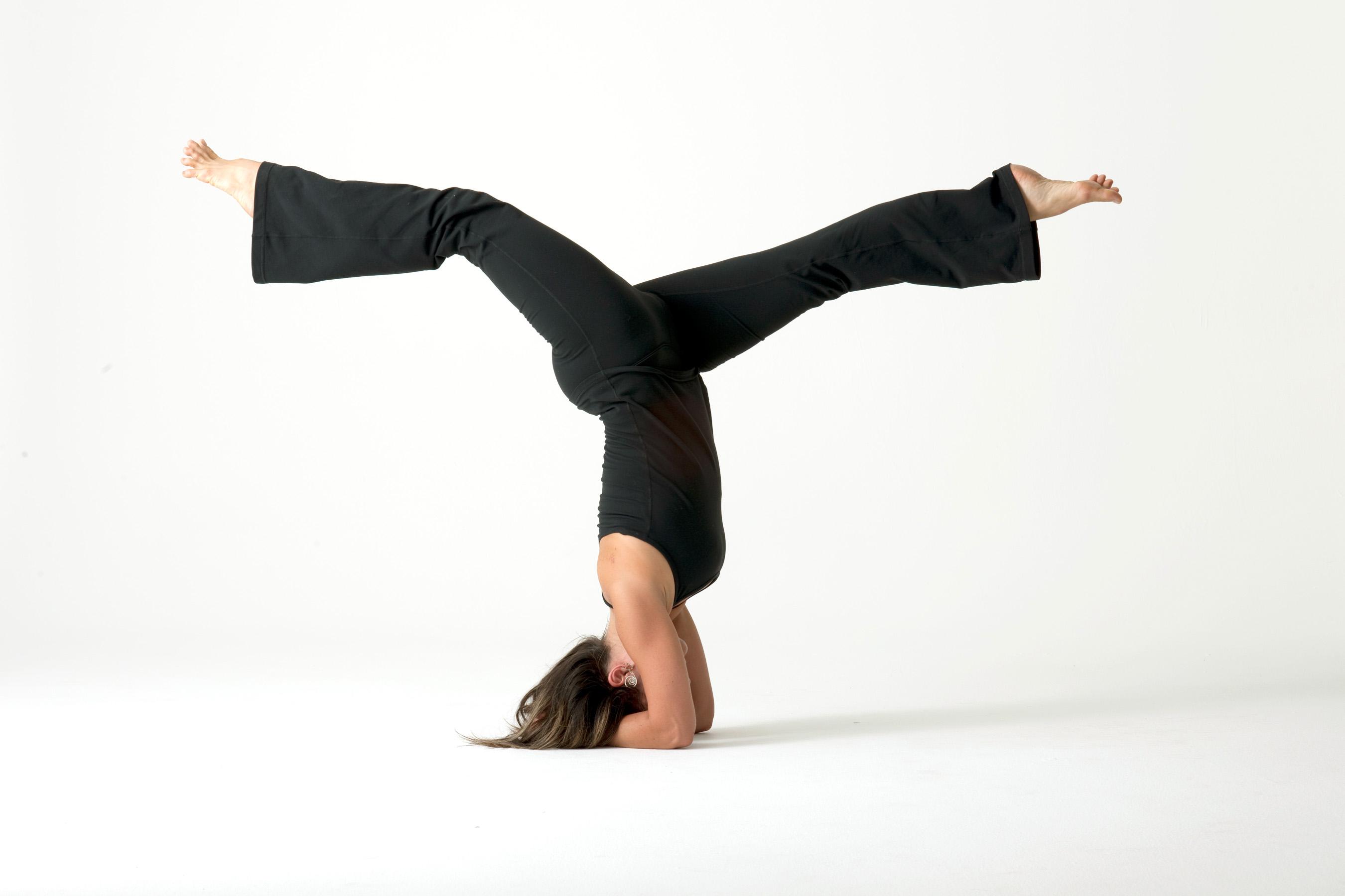 yoga-mulher-solo.jpg